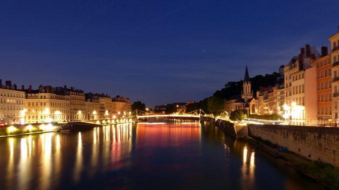 Lyon la nuit